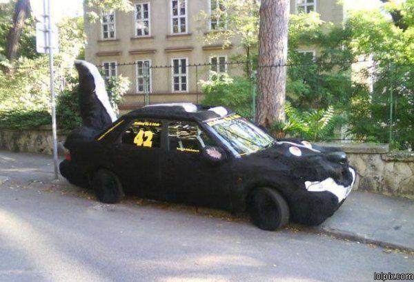 מכונית בואשת